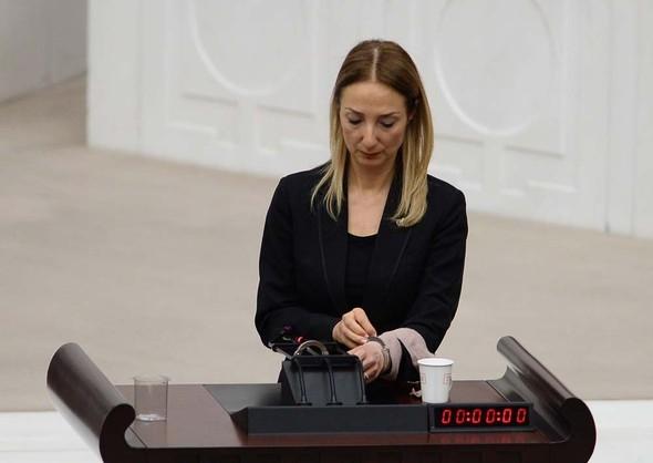Kadın milletvekillerinin büyük kavgası! 4
