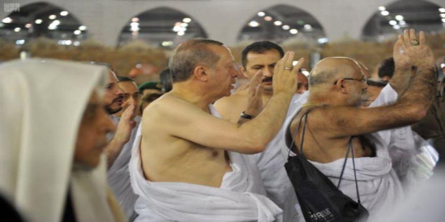 Erdoğan umreye gitti
