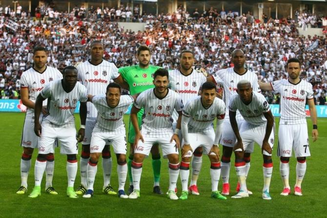 Beşiktaş'ın şampiyonluk maçından kareler 25