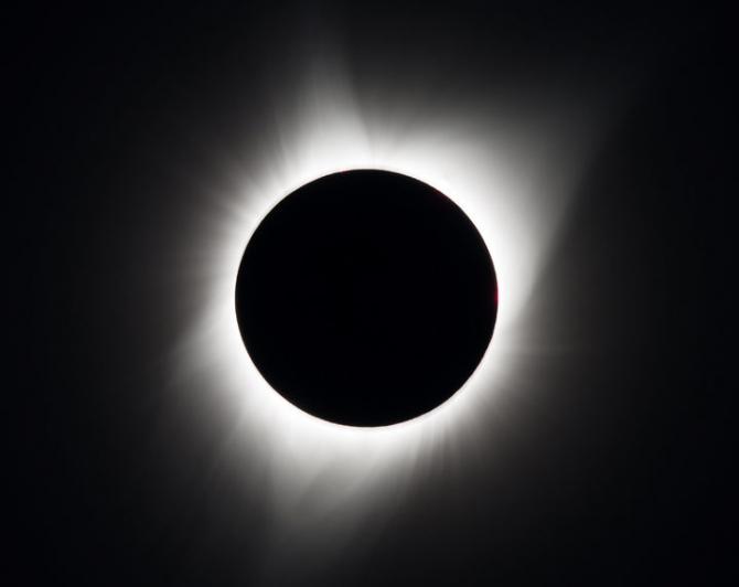 Güneş tutulmasından muhteşem kareler 45