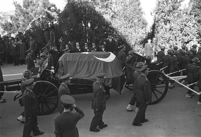 Atatürk'ün son yolculuğu (1938'den 1953'e) 16