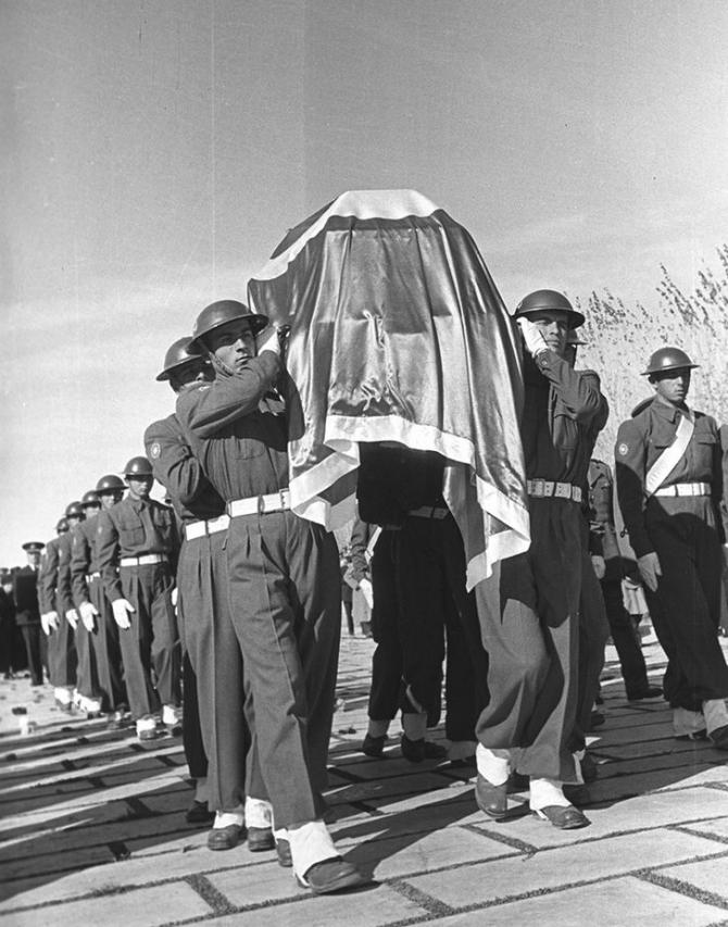 Atatürk'ün son yolculuğu (1938'den 1953'e) 34