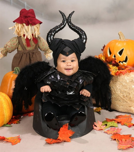 Gelmiş geçmiş en sevimli Cadılar Bayramı kostümleri 33
