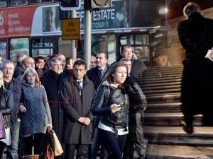 Gül'ün yayınlanmamış fotoğrafları 'A Protokol' de