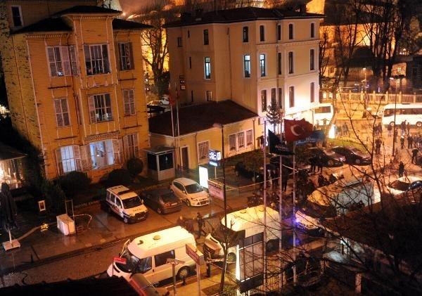 Sultanahmet'te intihar saldırısı 1