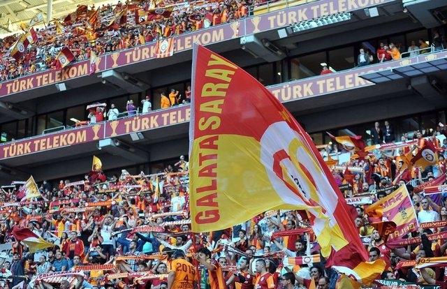 Galatasaray şampiyonluk kupasını aldı! 1