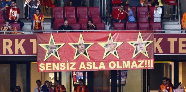 Galatasaray şampiyonluk kupasını aldı! 17