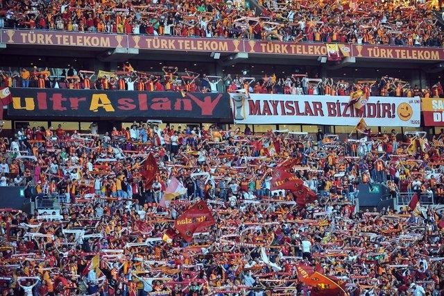 Galatasaray şampiyonluk kupasını aldı! 3