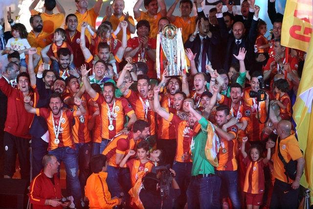 Galatasaray şampiyonluk kupasını aldı! 5