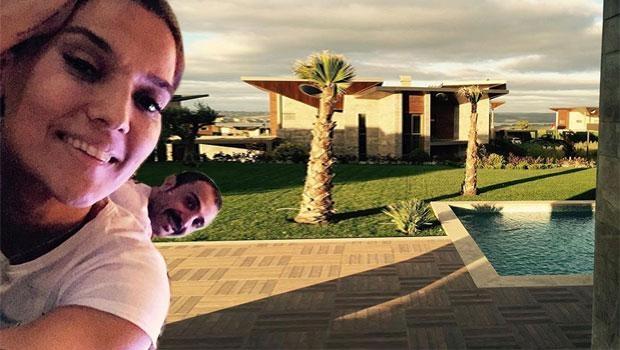 Demet Akalın'ın yeni evinden ilk kare 3