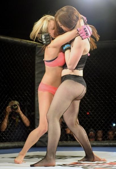Kızların dövüş sanatı! Lingerie MMA 1