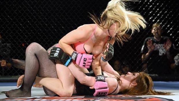 Kızların dövüş sanatı! Lingerie MMA 16