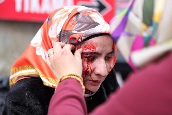 Zaman Gazetesinde Protesto Edenlere Polisten Sert Müdahale 6