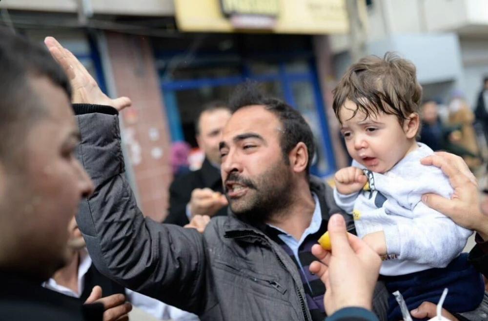Zaman Gazetesinde Protesto Edenlere Polisten Sert Müdahale 8