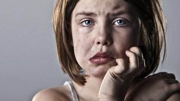 Çocuk istismarı; Bazı dokunuşların izi geçmez 1