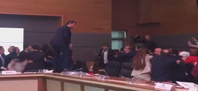 TBMM'de kavga: 5 milletvekili yaralandı