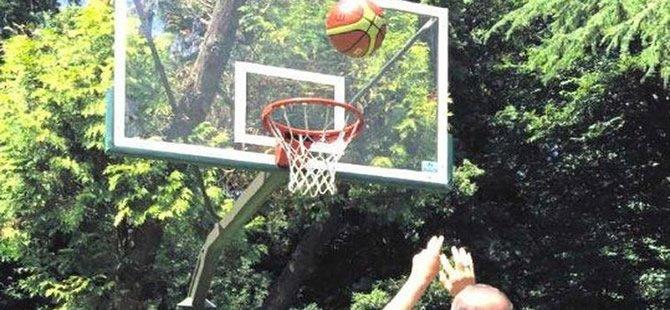 Bu topu atan lider kim?