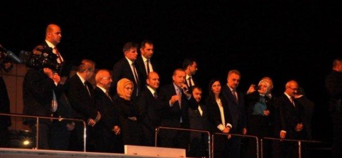Erdoğan: Bir adam gibi ölmek var, bir şey söyleyecektim ama onu söylemeyeceğim, bir de madam gibi ölmek var...