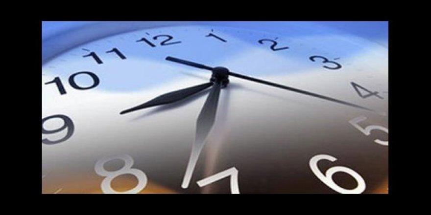 Şu an saat kaç? Kafalar karıştı, saatler ileri mi alındı?