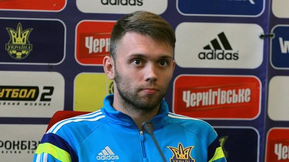 Fenerbahçe ilk transferini yaptı! Karavaev resmen açıklandı