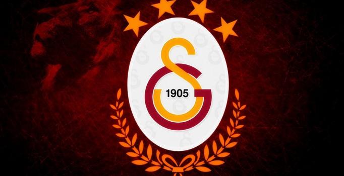 Asamoah sözünü tuttu, Galatasaray'a imzayı attı!