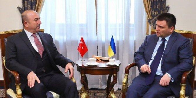 Çavuşoğlu: Kimlik kartıyla seyahat konusunda Ukrayna ile mutabakata vardık