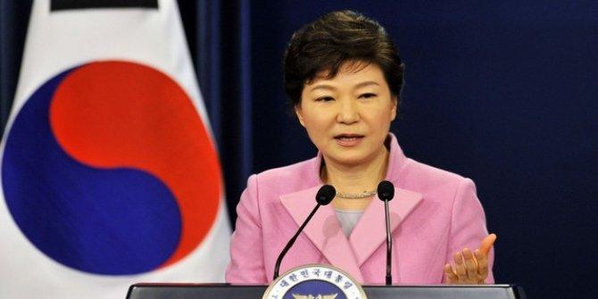 Güney Kore devlet başkanı görevden alındı