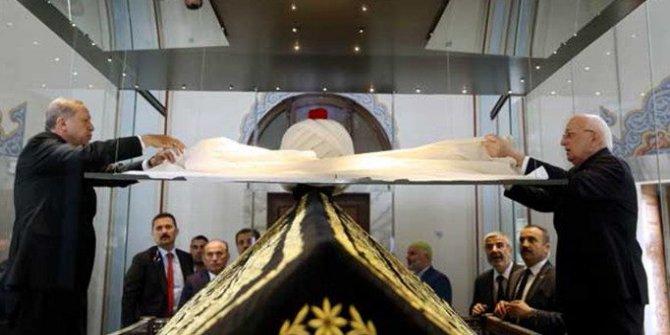 Erdoğan Yavuz Sultan Selim türbesini ziyaret etti