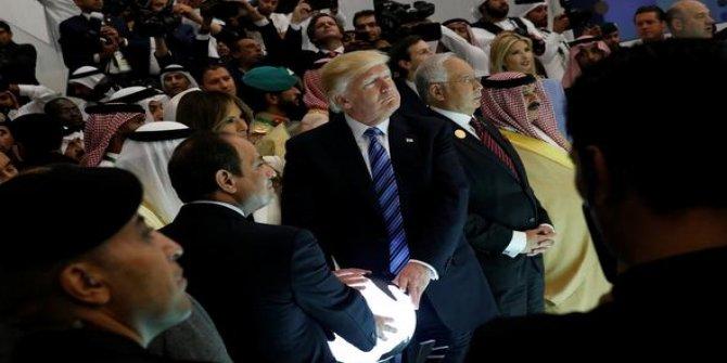 Trump, Sisi ve Kral Selman'ın 'küre pozu' fenomen oldu