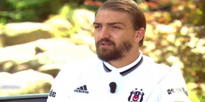 Caner Erkin Beşiktaş'ta kalacağını açıkladı