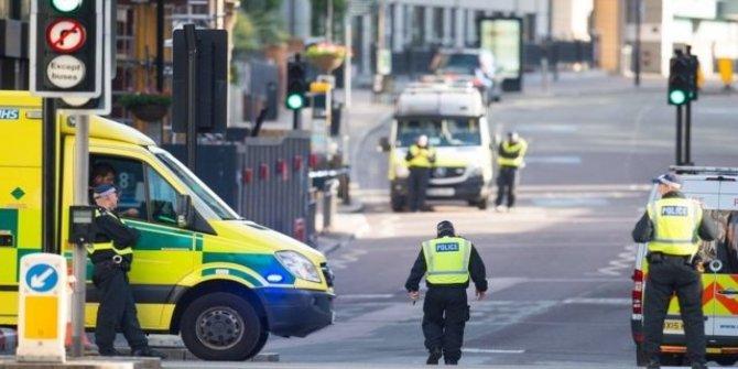 Londra polisi: London Bridge ve çevresindeki saldırıda 7 kişi öldü, 3 zanlı öldürüldü