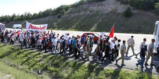 CHP'nin yürüyüşünden kötü haber... 1 kişi düşerek yaralandı
