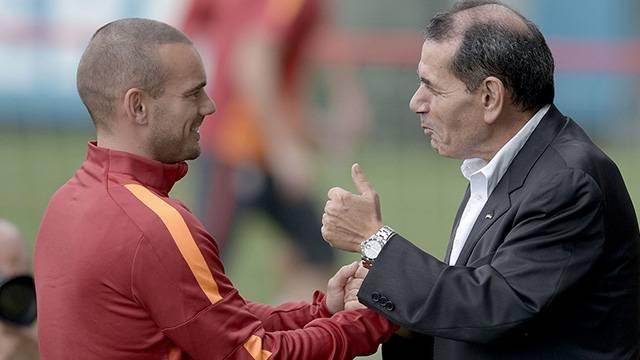 Sneijder'den Galatasaray'a FIFA tehdidi