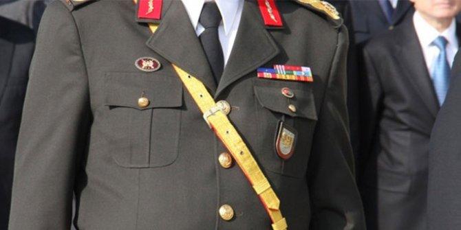 KHK ile 10 askerin rütbesi alındı | Son dakika haber