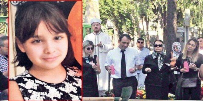 Cenaze namazı kılınan küçük Lara, Katolik mezarlığına defnedildi!