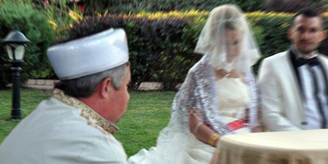 Müftülere nikah kıyma yetkisi veren tasarı komisyonda kabul edildi