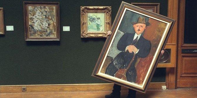 Sanat dünyasının sırları açığa çıkıyor