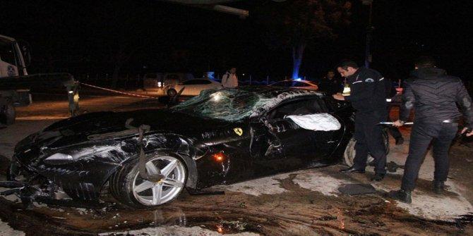 Ferrari'siyle takla atan Trabzonsporlu Burak Yılmaz ölümden döndü
