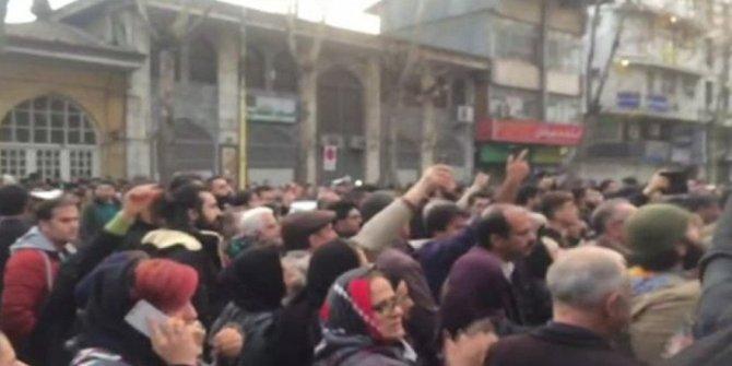 İran'da ortalık karıştı! Halk sokağa indi…