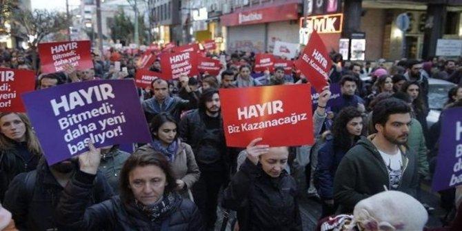 AKP-MHP eriyor, 'hayır' bloku büyüyor