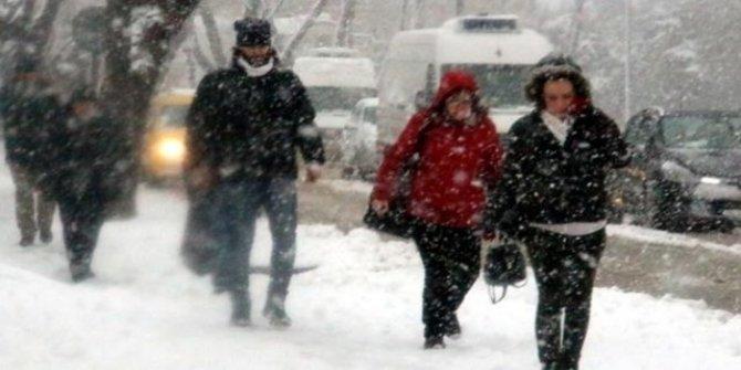 Meteoroloji'den son dakika hava durumu: Kar yağışı için tahminler değişti!