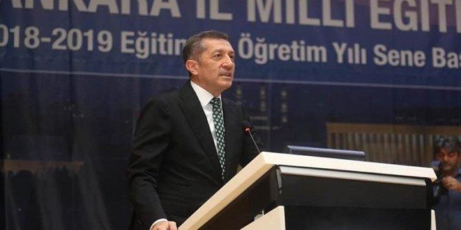 CHP'li Ensar Aytekin'den Milli Eğitim Bakanı Ziya Selçuk için şok sözler: Binlerce öğrenci ve veliyi kandırıyor!