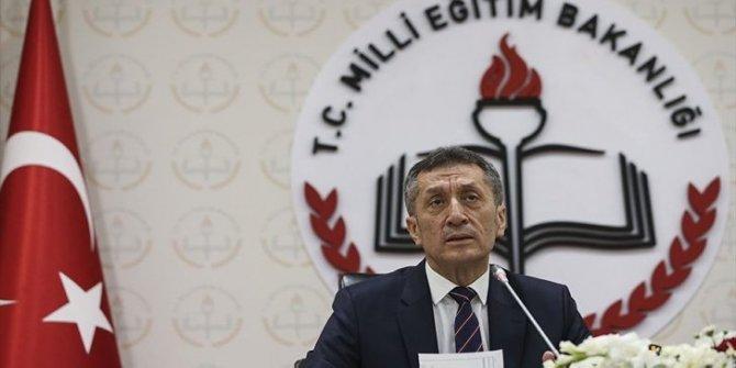 CHP'li Onursal Adıgüzel'den Milli Eğitim Bakanı Ziya Selçuk'a Fatih Projesi sorusu