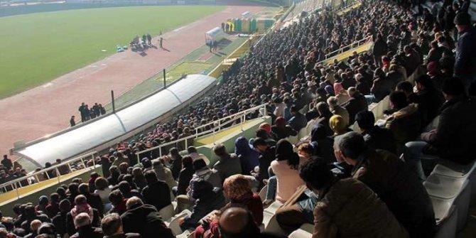 Türkiye'den bir kesit: Urfa'da bin kişilik geçici işe 44 bin kişi başvurdu