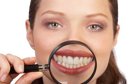 20 Yaş Dişini çektirmek gerekir mi?