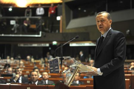 Erdoğan'ın şovundaki yanlışı neydi?