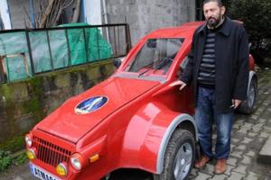 Arabasıyla Erdoğan'ı bekliyor