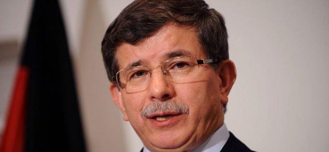 Başbakan Davutoğlu: 'Yayın yasağını savunamam'