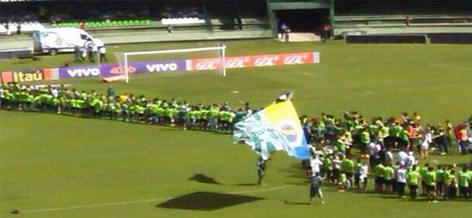 Alex de Souza, Fenerbahçe sevgisini böyle gösterdi