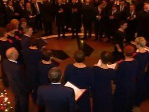Davutoğlu'na Polonyalılardan 'Ceddin Deden' marşı sürprizi